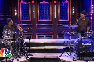 Drum Battle – Chad Smith vs Will Ferrell