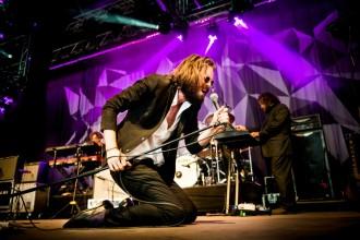 Father John Misty spelar på Avalon under Roskildefestivalen. Foto: Nora Lorek / Rockfoto