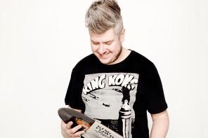 """HYMNS VÄNNER: Dennis """"Rundgång"""" Lood"""