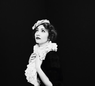 Regina_Spektor_Tour_Photo_(Shervin_Lainez)1