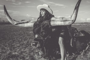 Nikki Lane – Highway Queen