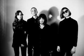 Singelaktuella Dead Vibrations går snart in i studion igen