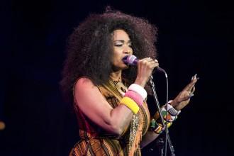 Oumou Sangaré @ Stockholm Jazz Festival, Konserthuset, Stockholm, 2017-10-13 Foto: Sofia Blomgren/Rockfoto